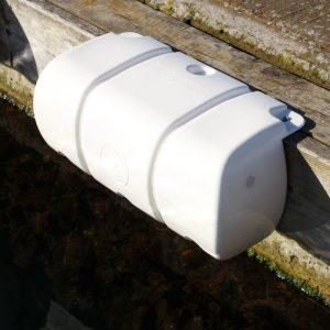 Short Multidock fender hvit Danfender